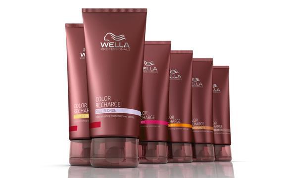 <p>Ezek a gazdag kondicionálók hajszínező pigmentek segítségével felfrissítik és megőrzik a <br />festett/színezett haj ragyogó színét, miközben a szőke, barna vagy vörös árnyalatú hajnak intenzív <br />ápolást és puha tapintást biztosítanak.</p>
