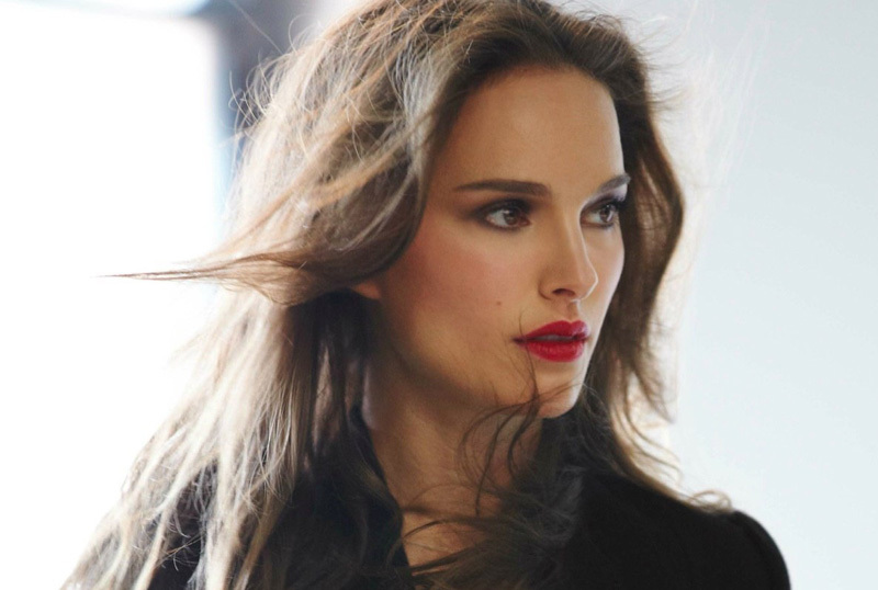 <p>A francia divatház a héten jelentette be, hogy ki lesz a Dior rúzsok új arca.</p>