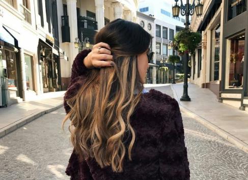 A legújabb 2019-es hajtrend, ami az egész beauty szakmán végigsöpör és Téged is meghódít!